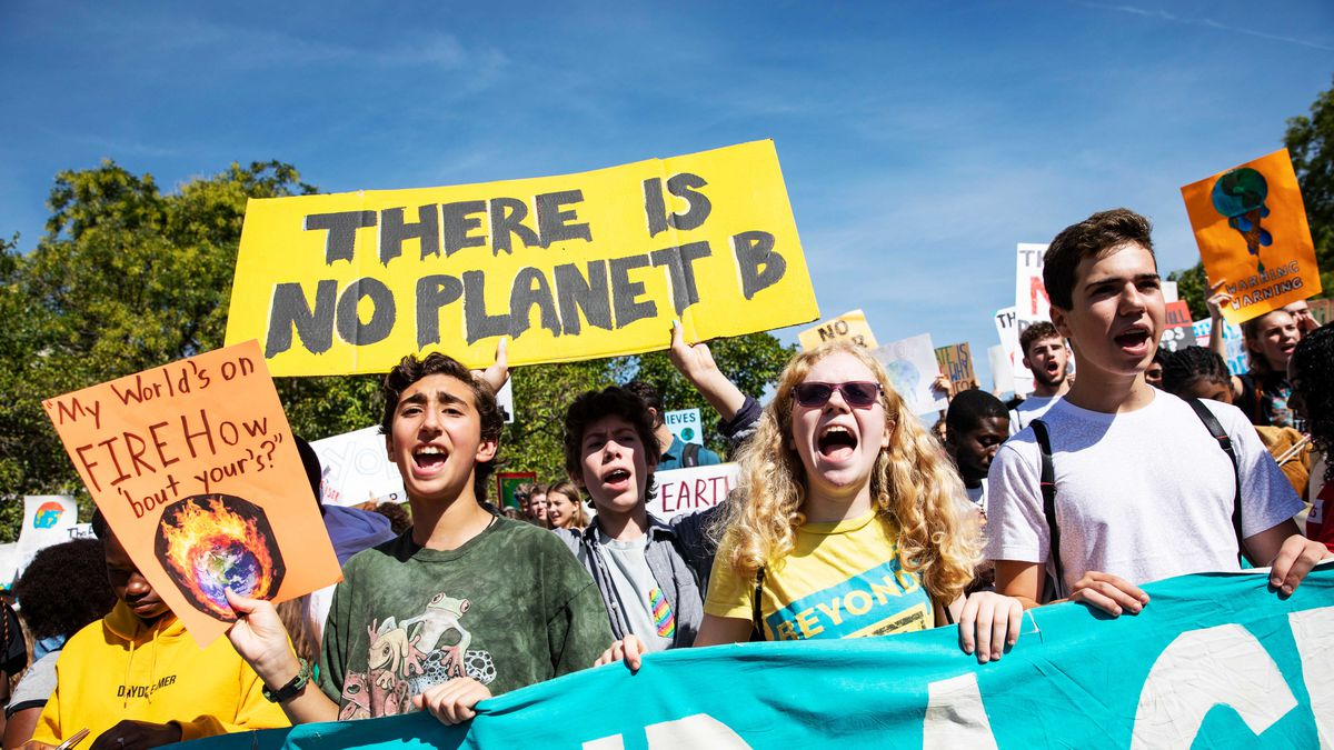 Activists gather in John Marshall Park for the Global Climate Strike protests in Washington, DC, on September 20, 2019. Samuel Corum/Getty Images