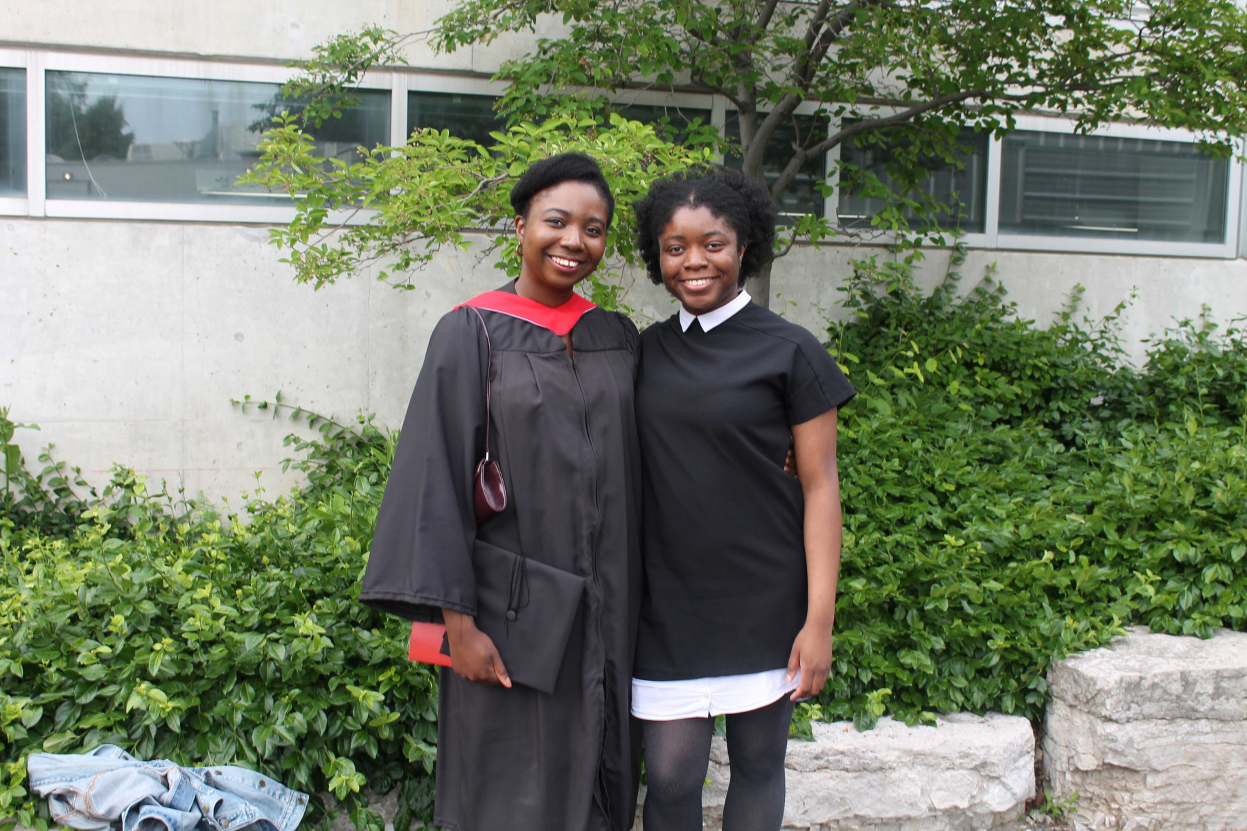 Sayo-Falade_convocation-with-sister-2